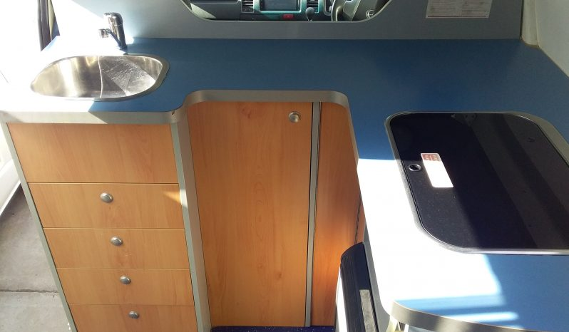 Toyota Hiace Auto Campervan 2015 full