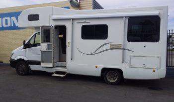 2015 Mercedes 6 berth Mtrhome full